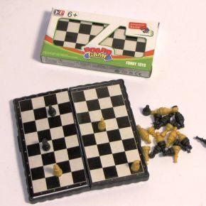 Spēle šahs magnētiskais